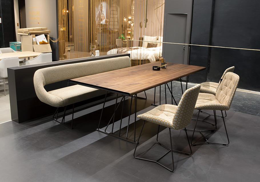 LINJA Tischgruppe L70