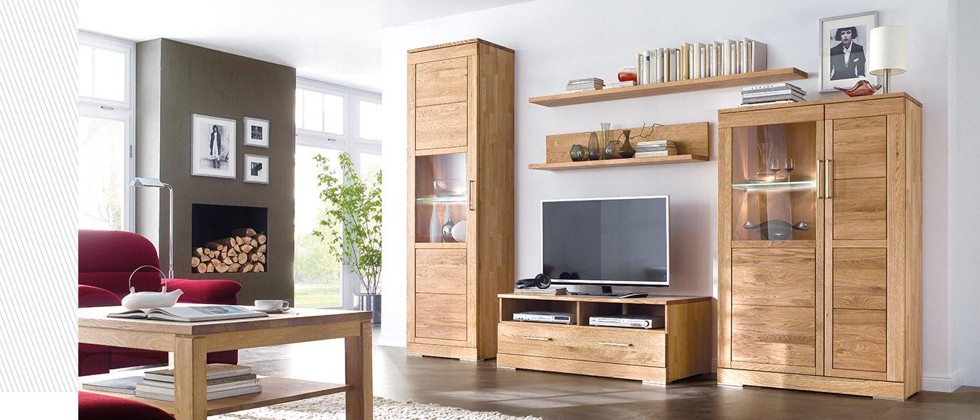 Viel Stauraum bietet unsere Wohnzimmer-Kombination CASERA, rustikale Ast-Eiche bianco