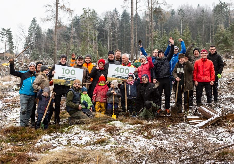 Wurzelgeber-Pflanzaktion: Unser Teamfoto
