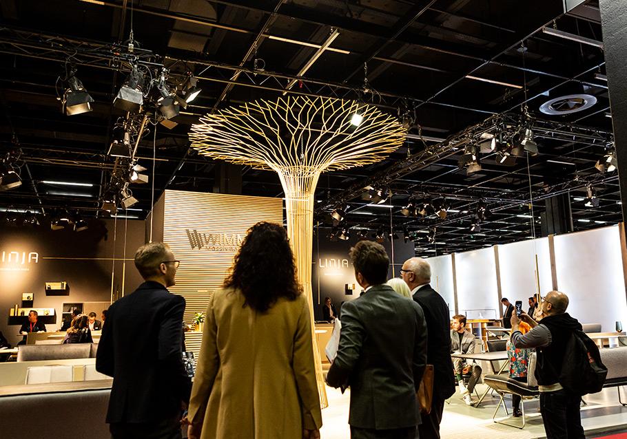 Unser LINJA-Baum - ein Publikumsmagnet.