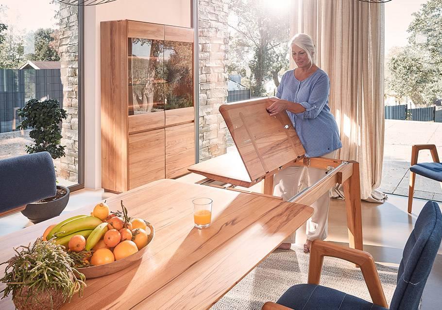 Wimmer Wohnkollektionen - Holztisch NYON mit Auszugsfunktion - Rotkern-Buche