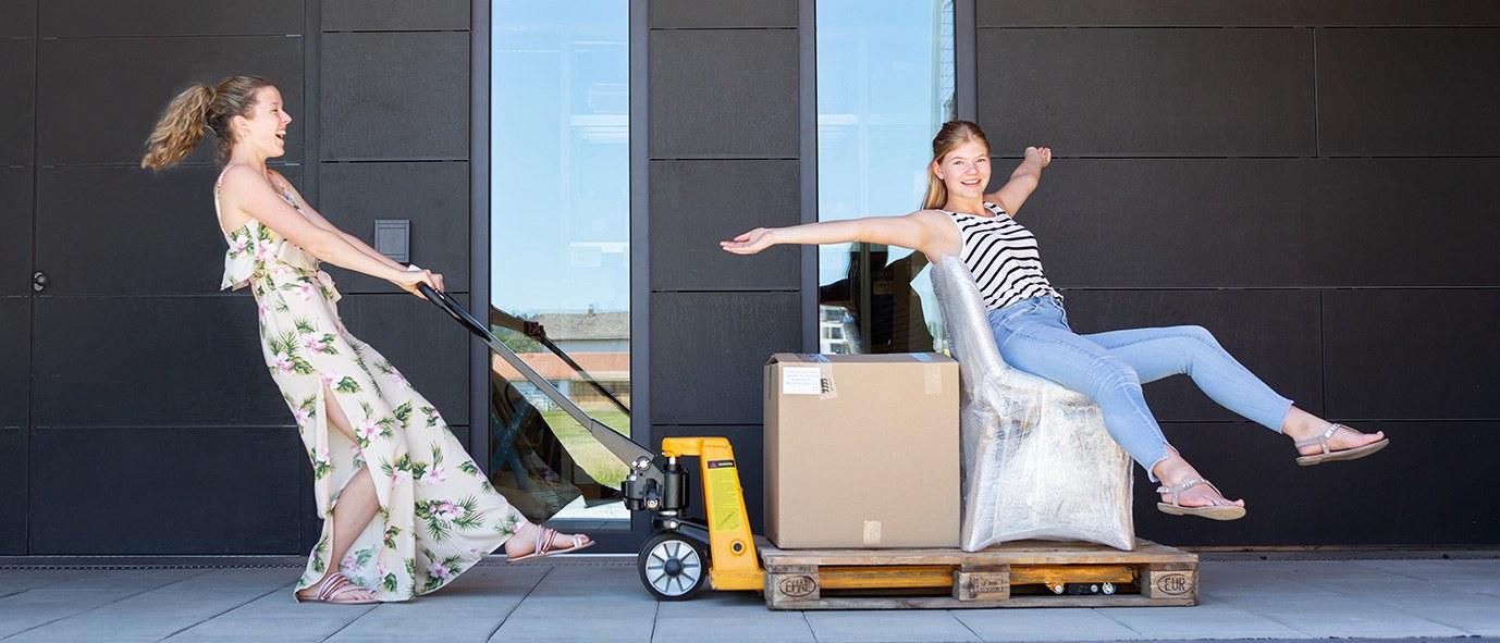 Praktikum Wimmer Wohnkollektionen Laura Markl Lager
