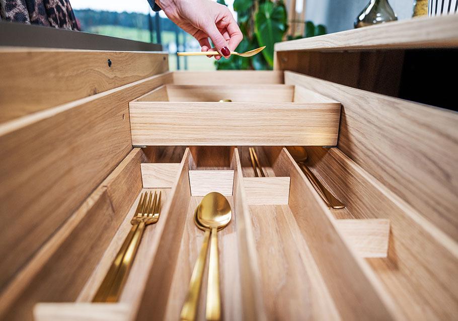 Wimmer Wohnkollektionen: In 4 Schritten Ordnung im Besteckeinsatz schaffen