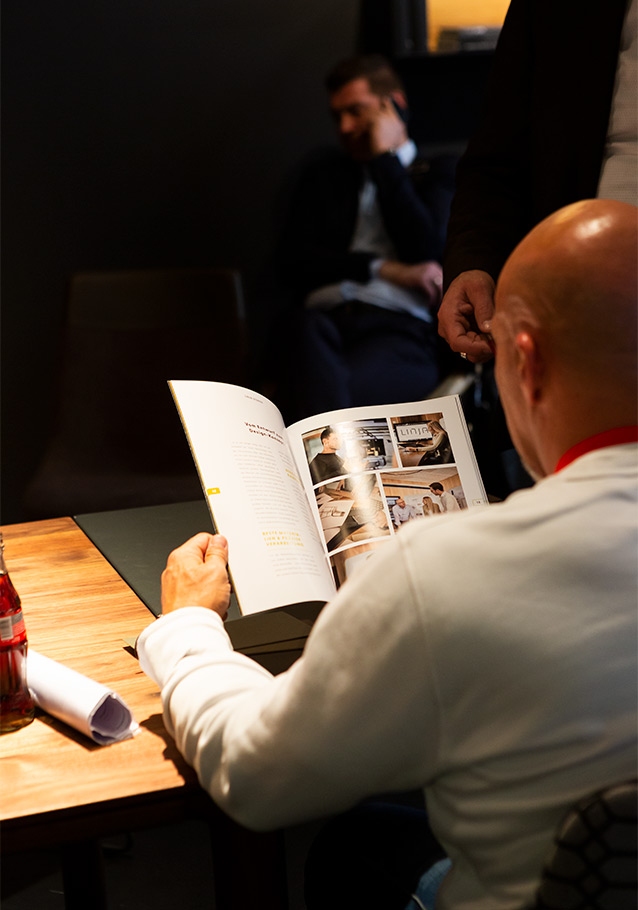 Spannender Lesestoff: unser Magazin LINJA-Stories.