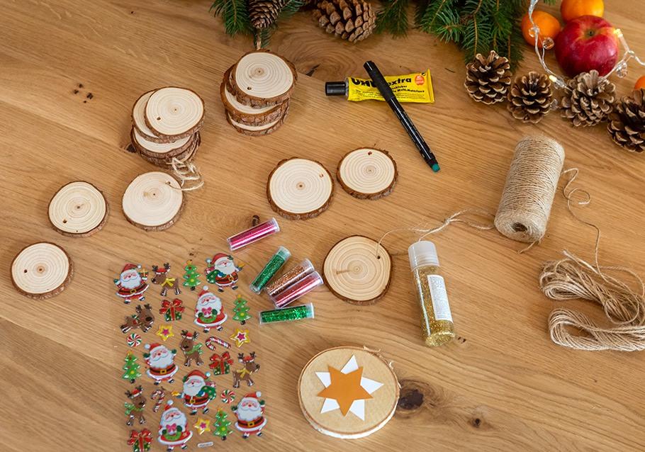 Wimmer Wohnkollektionen: Weihnachtsdeko aus Holz - Christbaumschmuck DIY