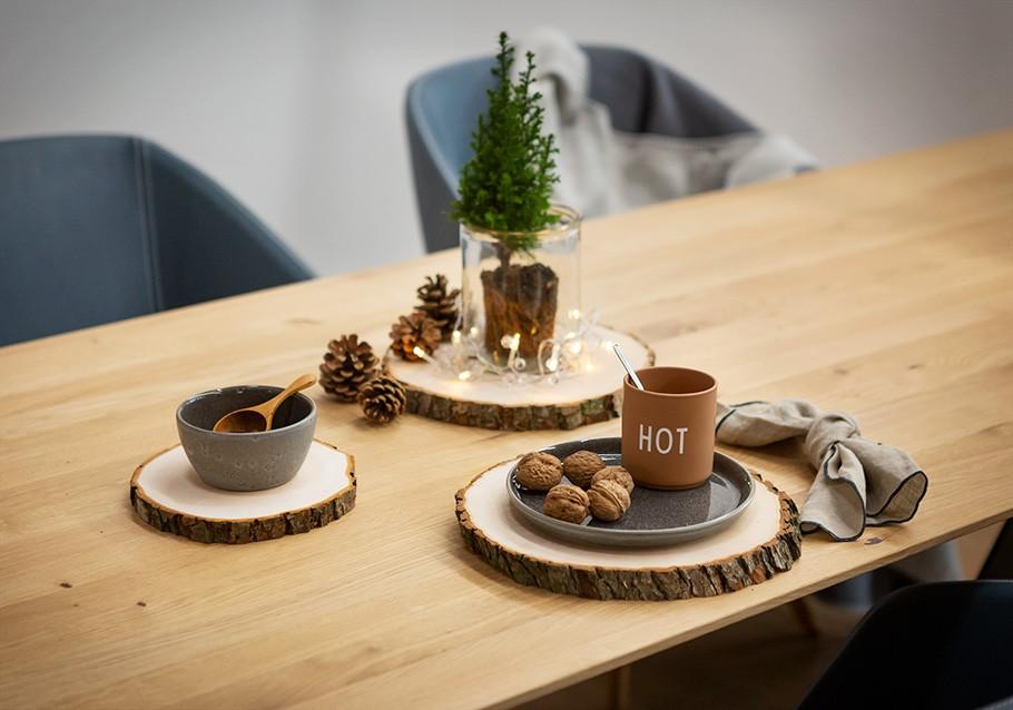 Wimmer Wohnkollektionen: Weihnachtsdeko aus Holz mit Holzscheiben