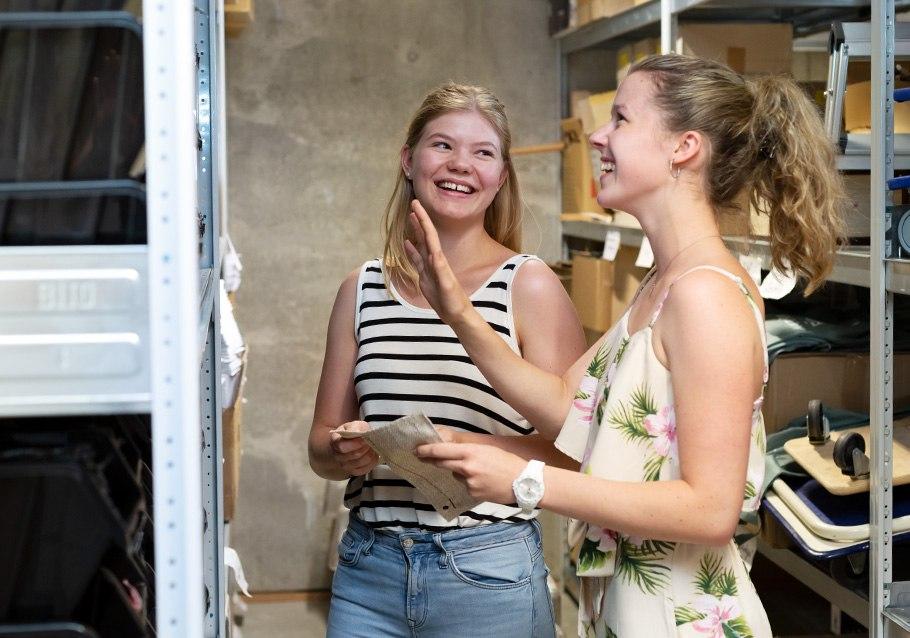 Praktikum Wimmer Wohnkollektionen Laura Markl Lager Einkauf